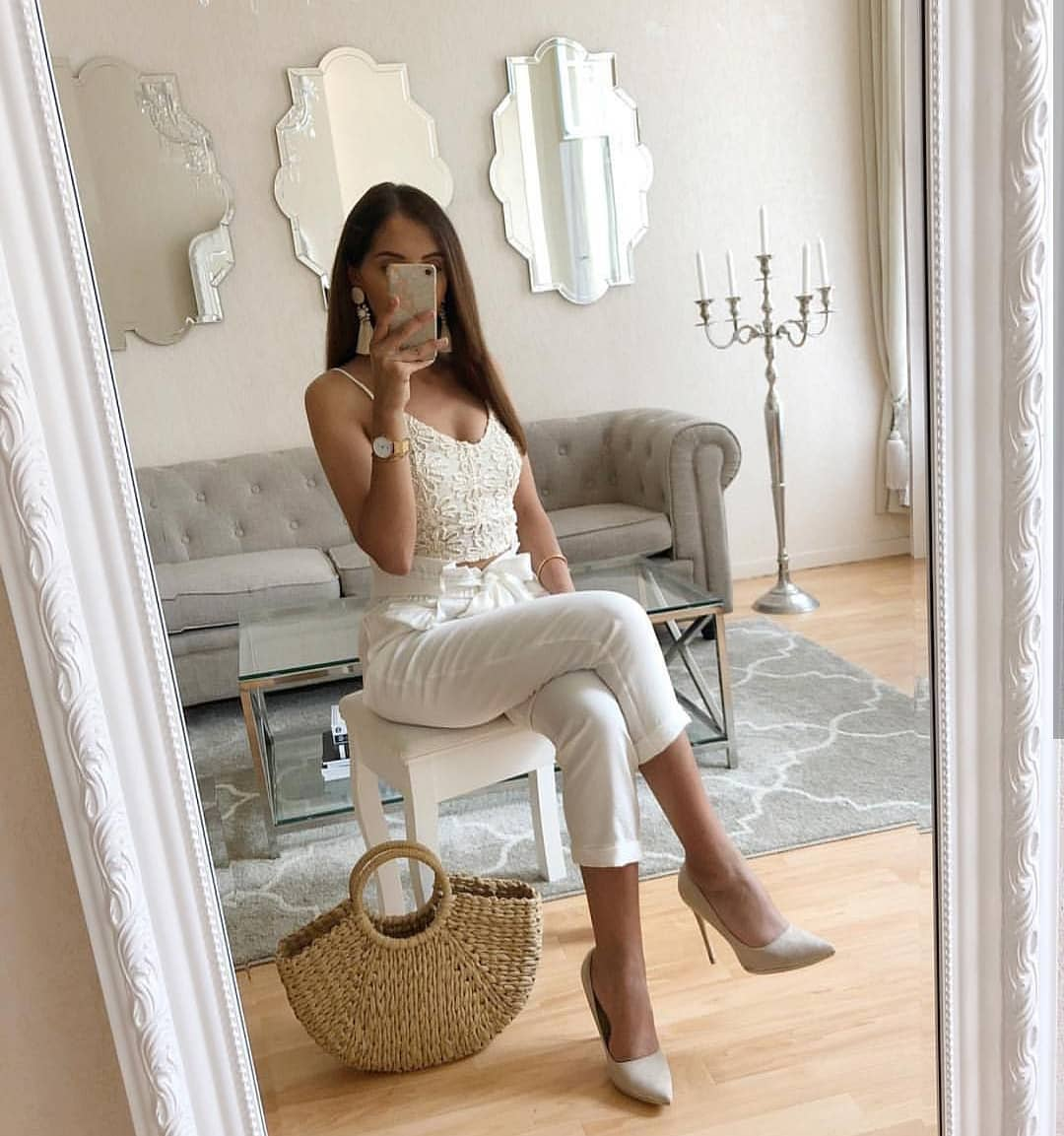 Summer Lace Crop Top, Slim Pants And White Pumps In All White 2019