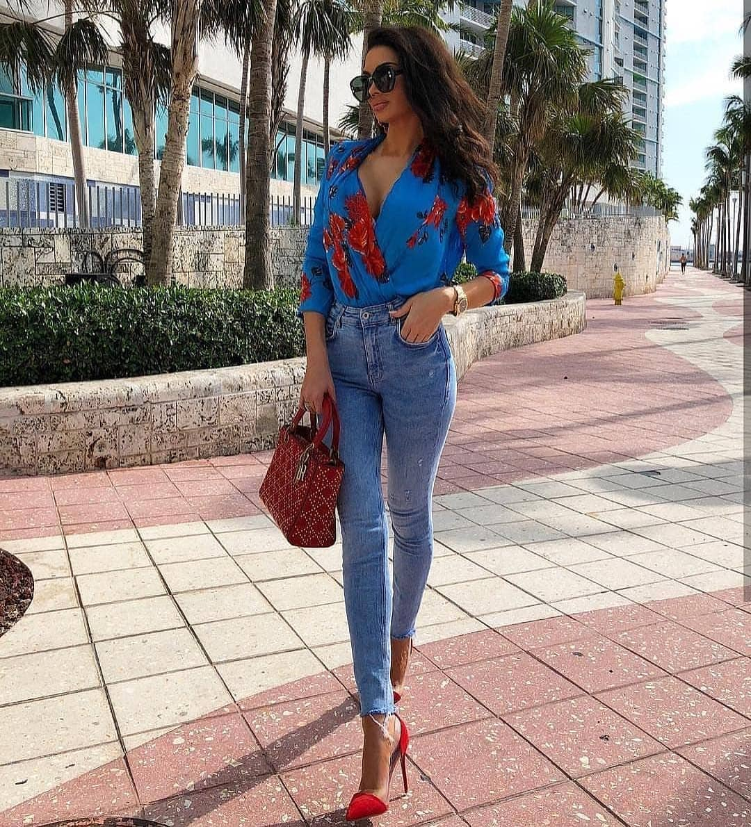 How To Wear Blue Wrap Blouse In Red Florals This Summer 2019