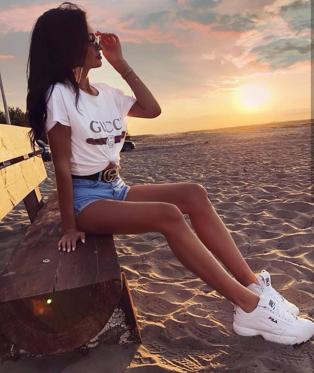 Casual Beachwear: White Tee, Denim Shorts And White Sneakers 2020