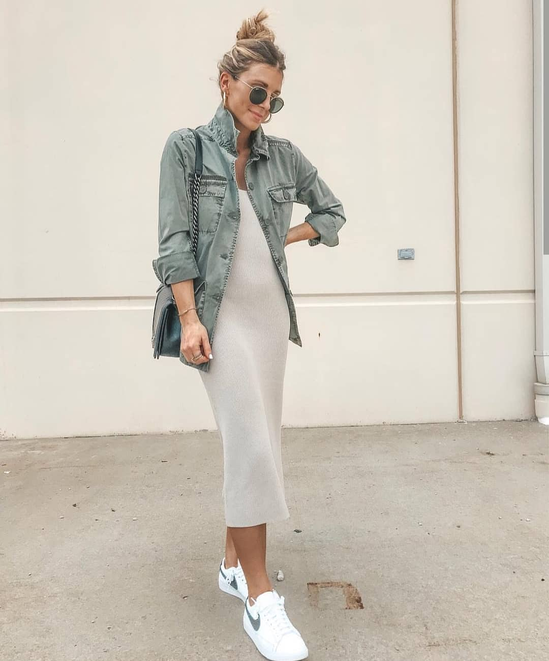 How To Wear Green Safari Jacket With Pastel Grey Midi Dress And White Sneakers 2020