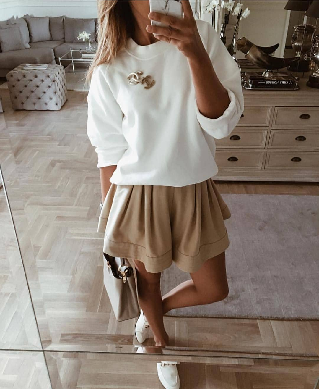 How To Wear White Sweatshirt With Beige Flared Skirt This Summer 2020