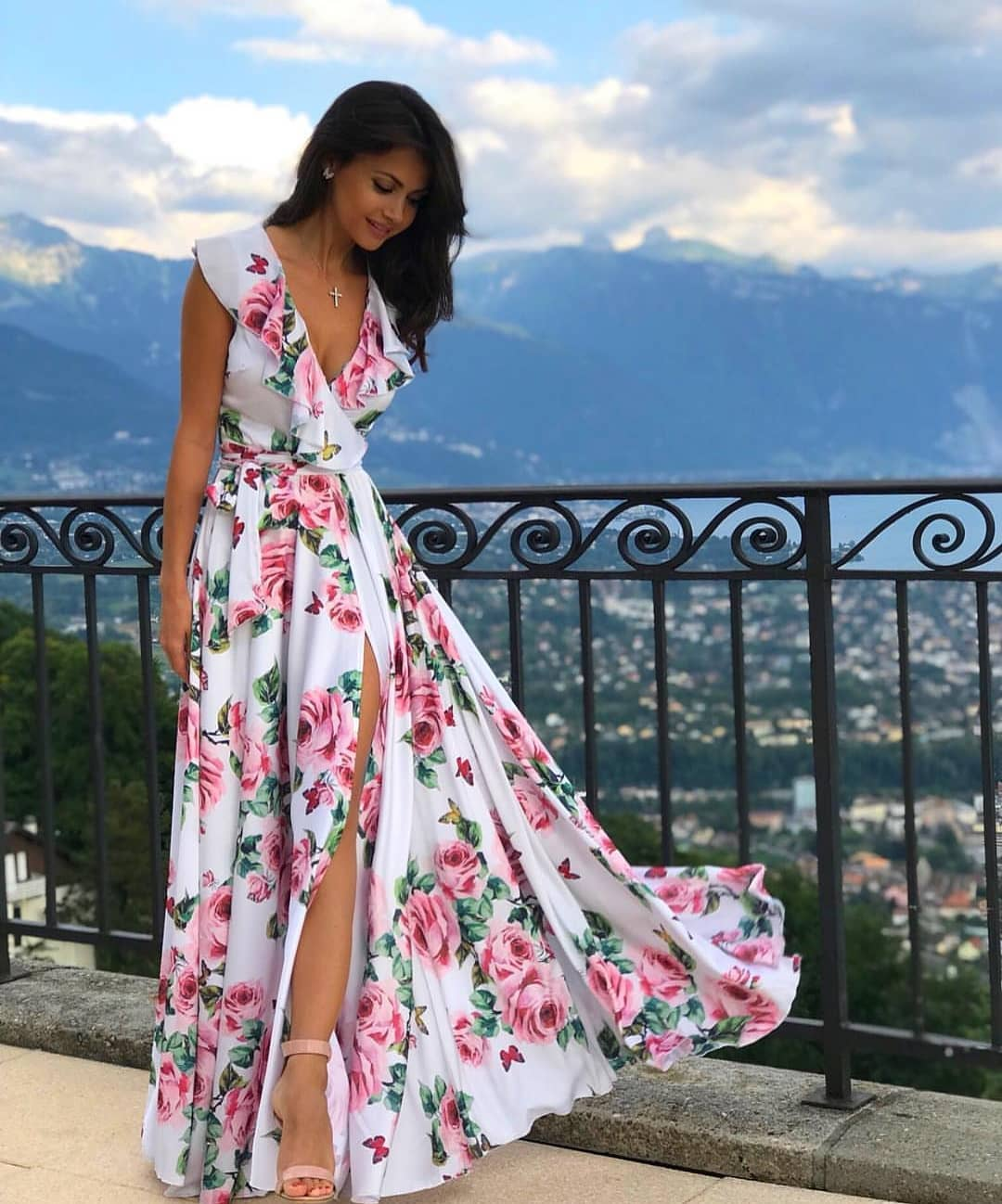 Wrap White Maxi Dress In Floral Print With High Slits For Summer Vacation 2019