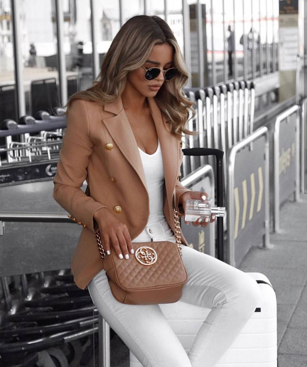 Camel Blazer With Gold Buttons And White Skinny Jeans For Summer 2019