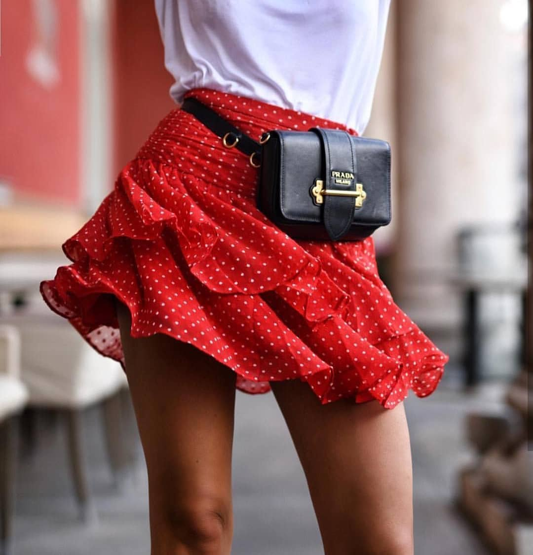 Can You Wear Ruffled Polka Dot Mini Skirt In Red With Black Leather Belt Bag 2020