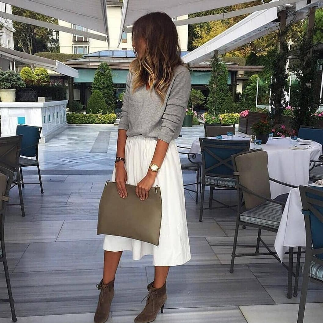Grey Pullover And White Midi Skirt With Suede Ankle Boots For Spring 2019