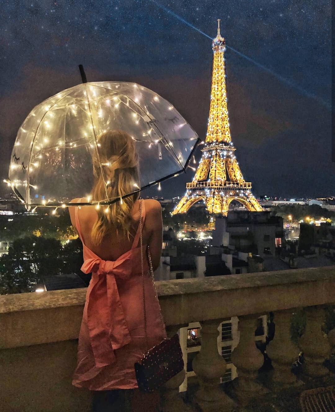 Pink Dress With Open Back And Tie Knot For Summer In Paris 2019