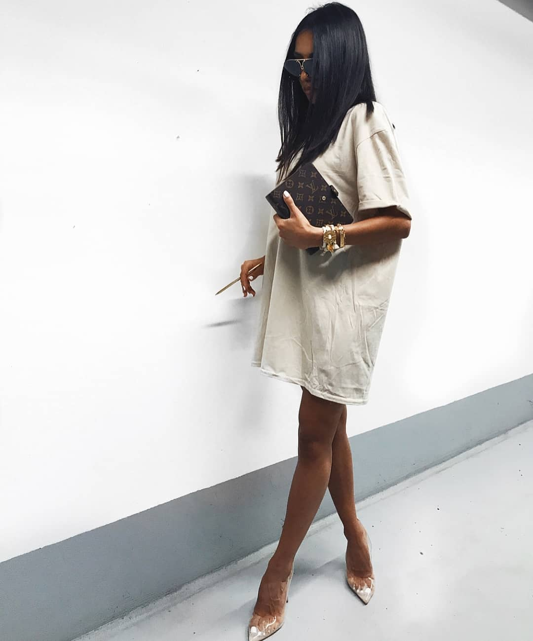 Oversized T-Shirt Dress In White And Clear Heels For Summer 2019