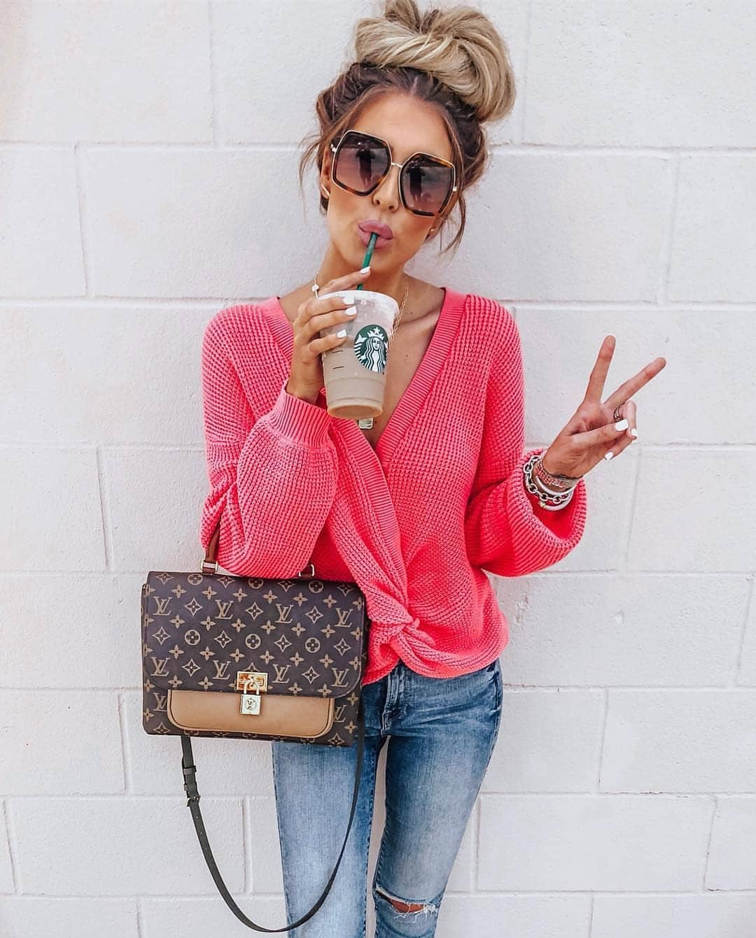 Simple Basics: Hot Pink Cardigan And Blue Slim Jeans For Spring 2019