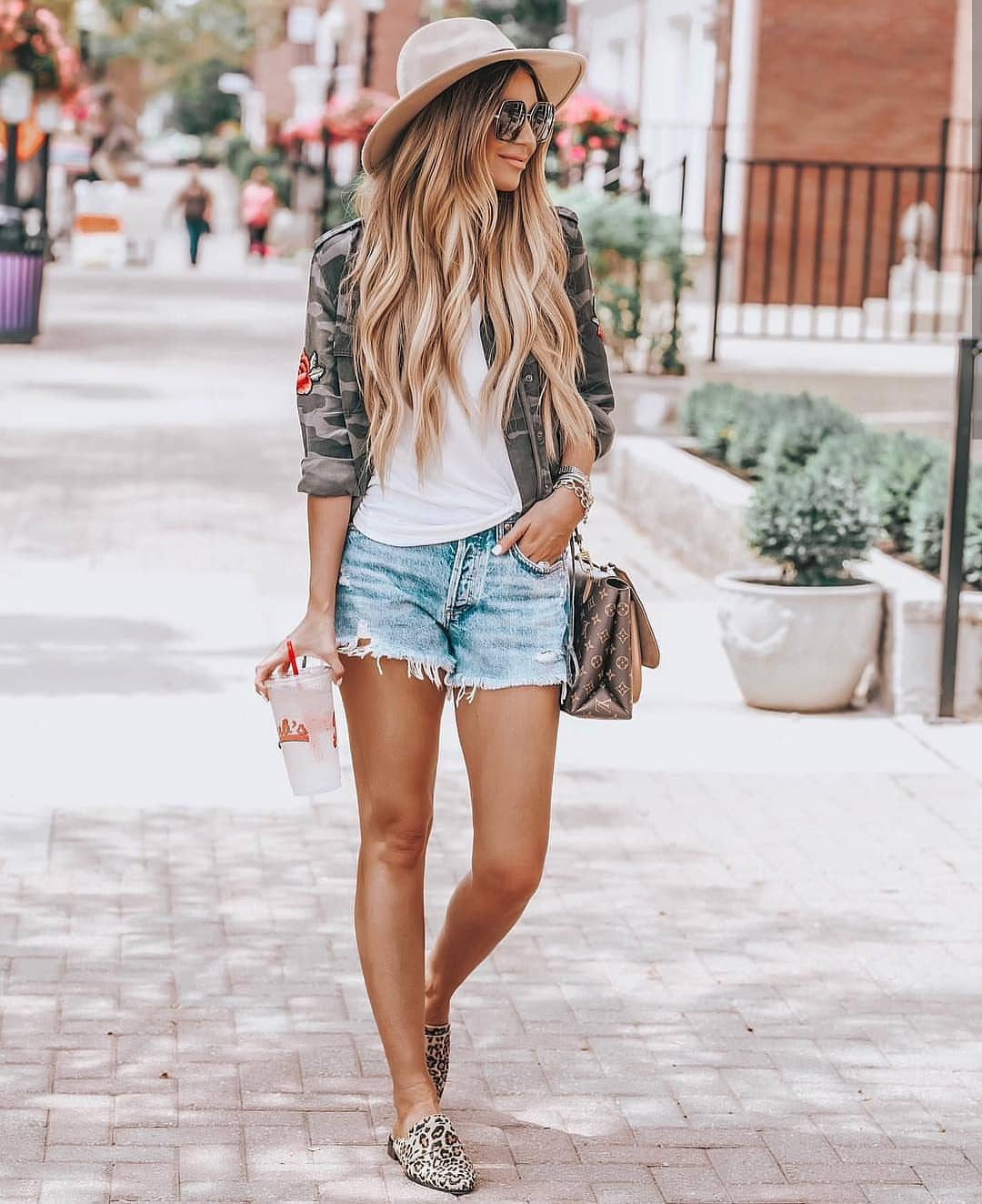 Camouflage Print Jacket With Wash Denim Shorts And Leopard Mules For Summer 2019
