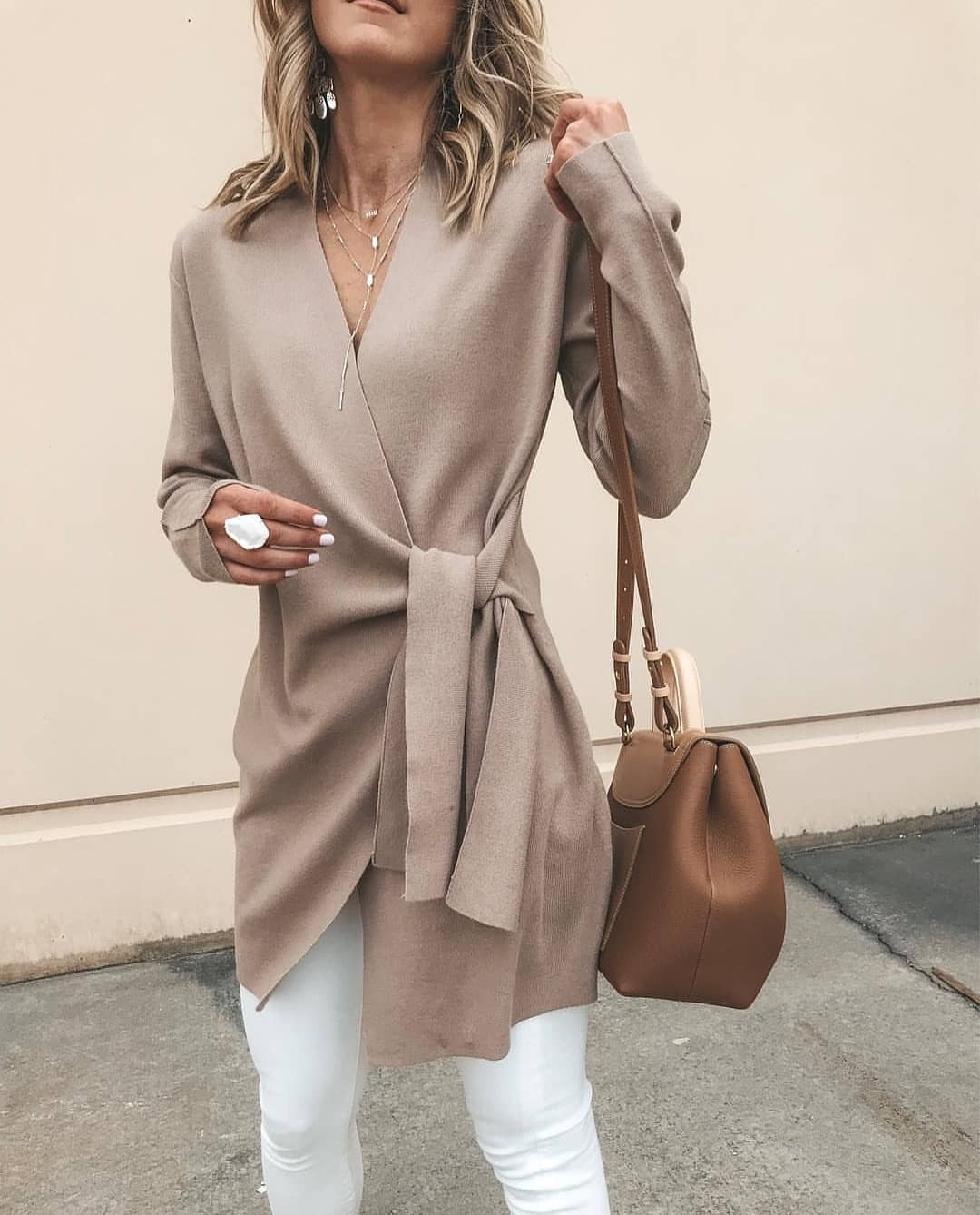 Cream Grey Wrap Cardigan And White Skinny Jeans For Spring 2019