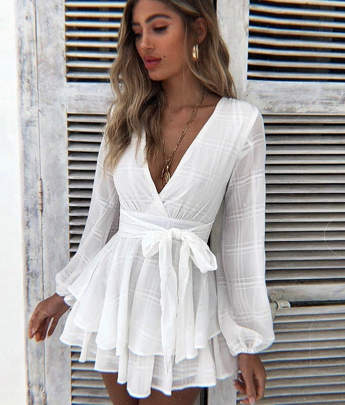 How To Wear Wrap Mini Dress In White With Long Sleeves For Summer 2020