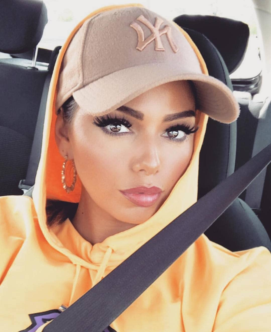 Camel Baseball Cap With Orange Hoodie For Casual Summer Road Trips 2019