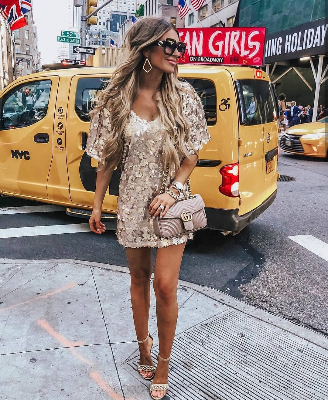 Lace Dress In Cream Beige For Summer Street Walks 2019