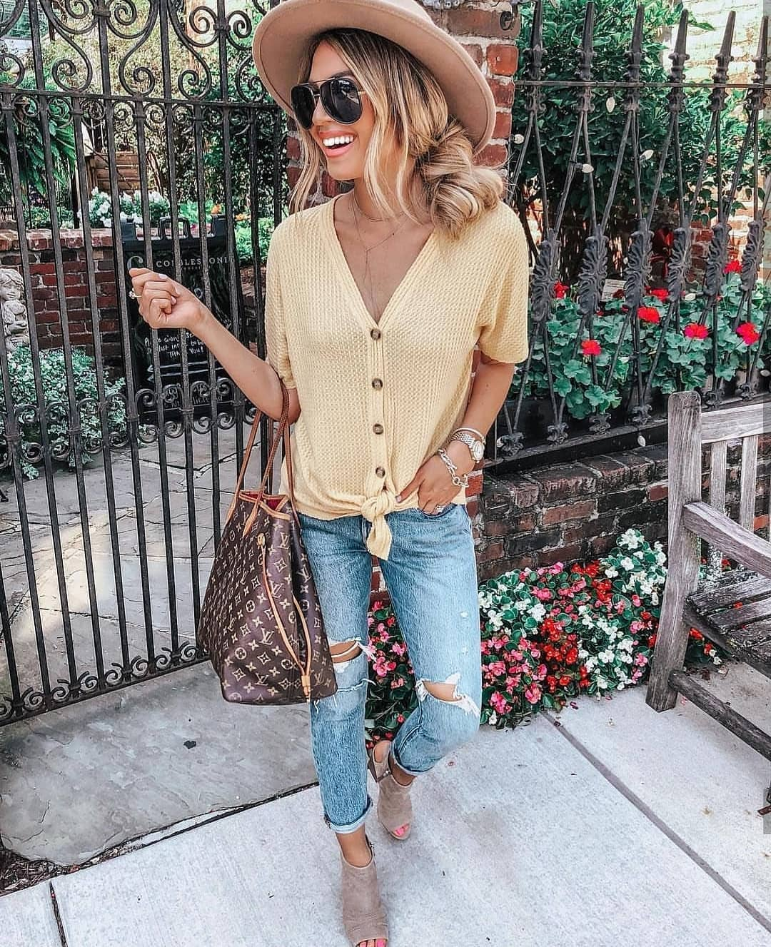 Pastel Yellow V-Neck Knitted Top With Ripped Jeans: Boho Casual Style 2020