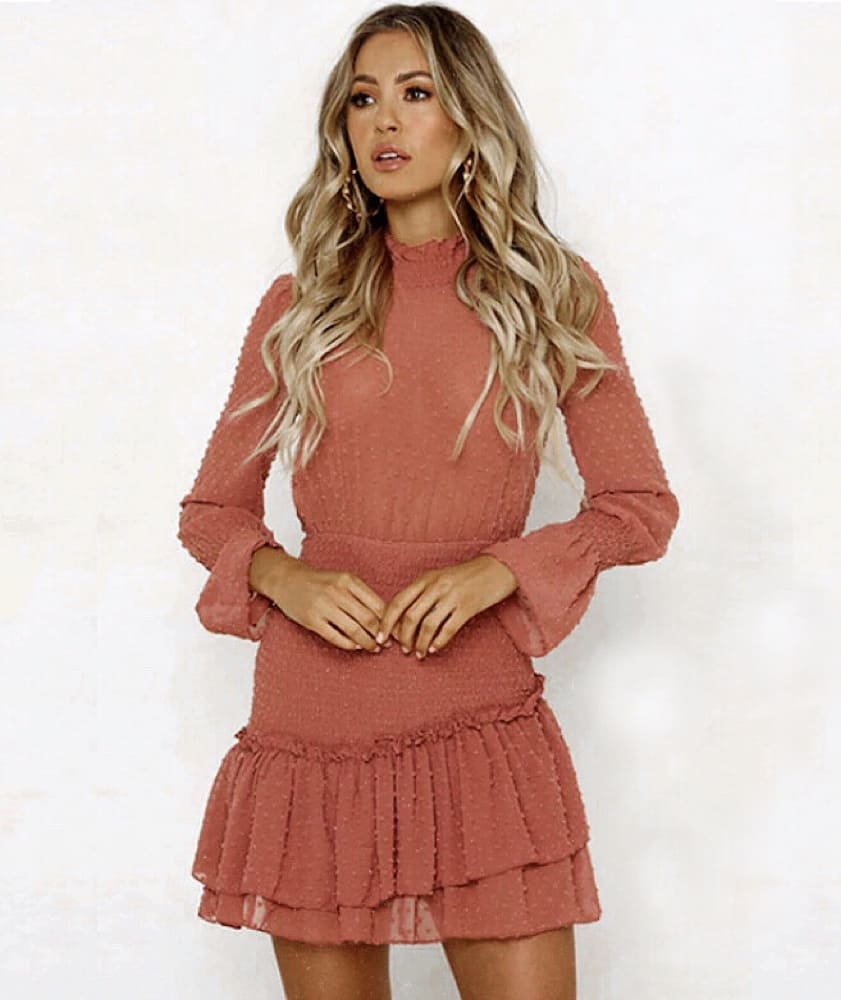 Long Sleeve Blush Dress For Boho Chic Ladies To Try This Summer 2020