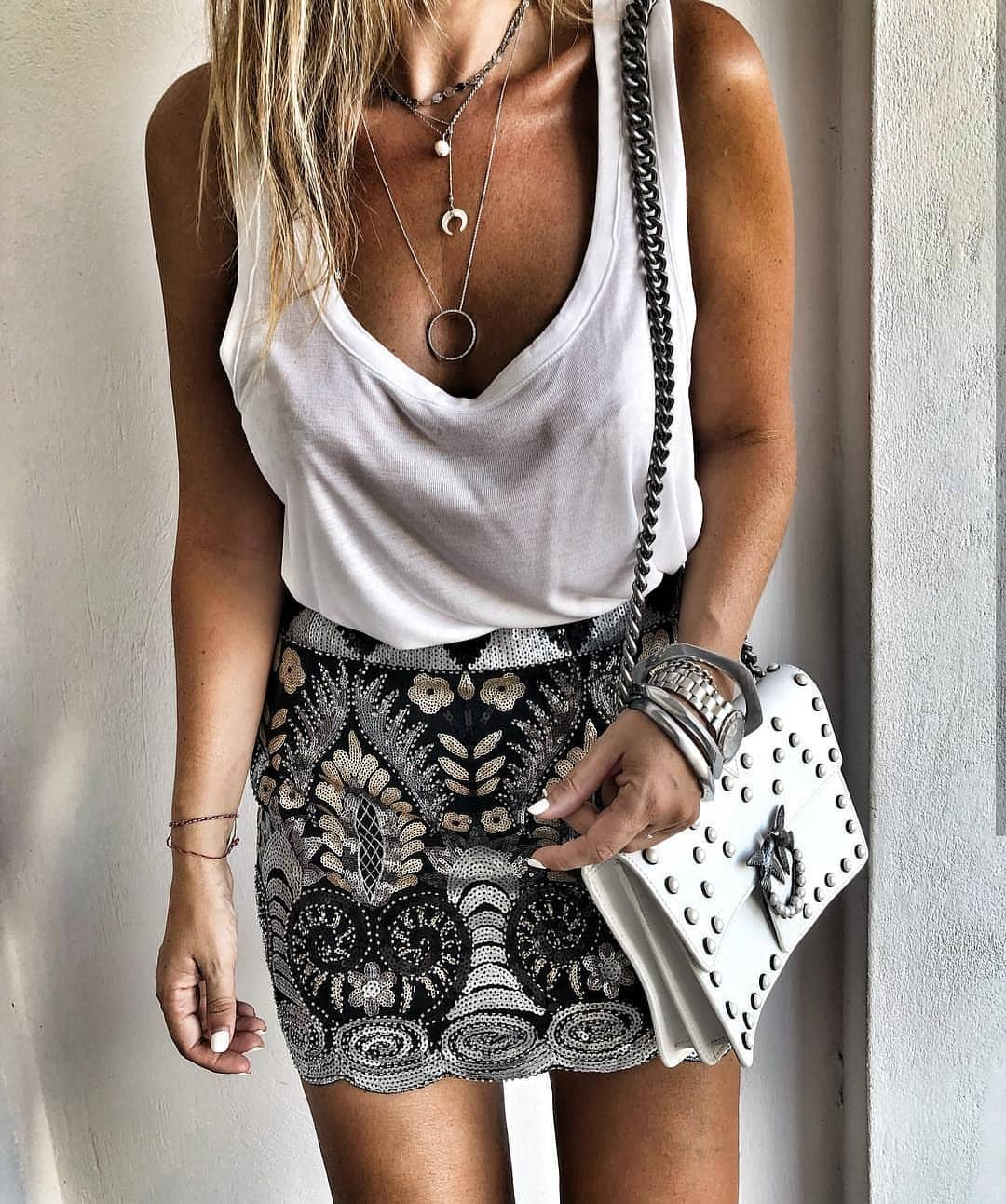 White Tank Top And Floral Mini Skirt For Summer 2019