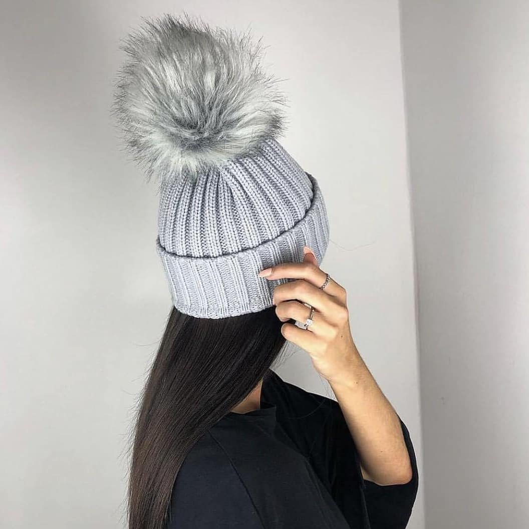 Winter Must Have: Grey Knitted Beanie With Fur Pom Pom 2021