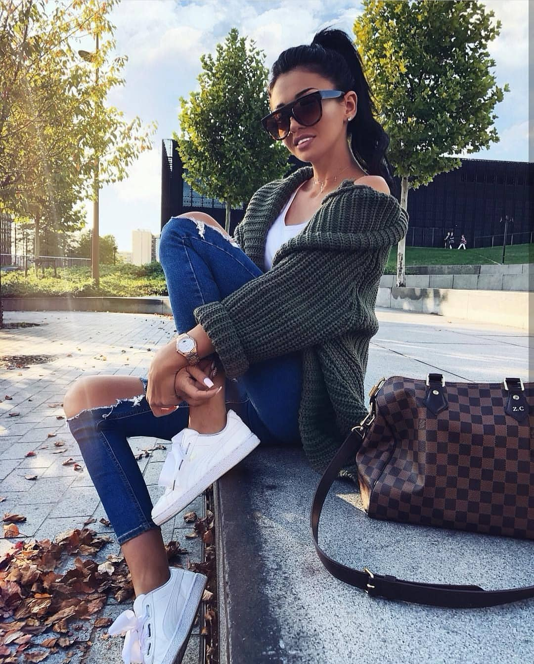 Green Oversized Cardigan With White Top, Ripped Blue Jeans And White Kicks 2019