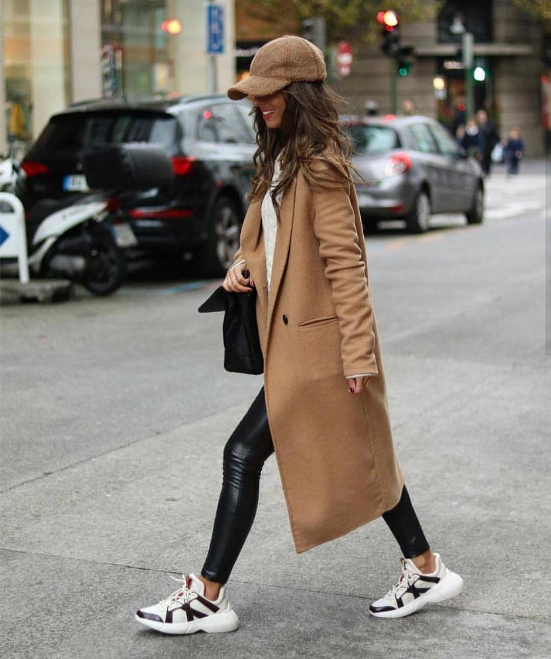 How To Wear Long Camel Coat With Chunky Sneakers This Fall 2020