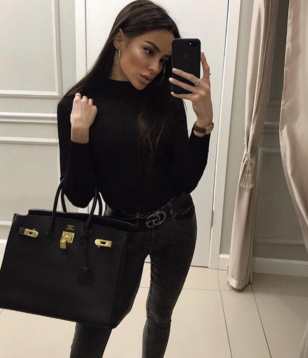 All Black OOTD: Sweater And Skinny Jeans 2019