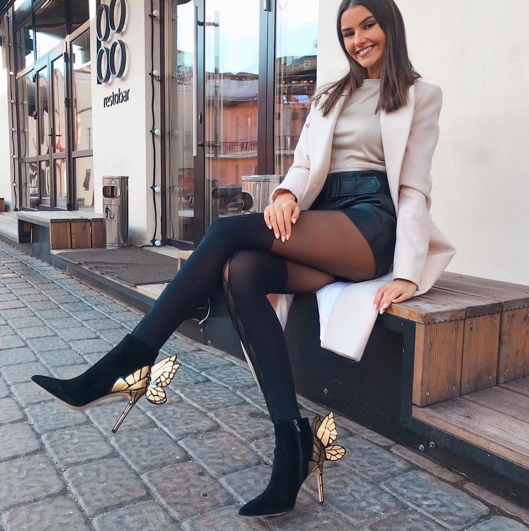 How To Wear Black Leather Shorts With Sexy Tights For Fall 2019