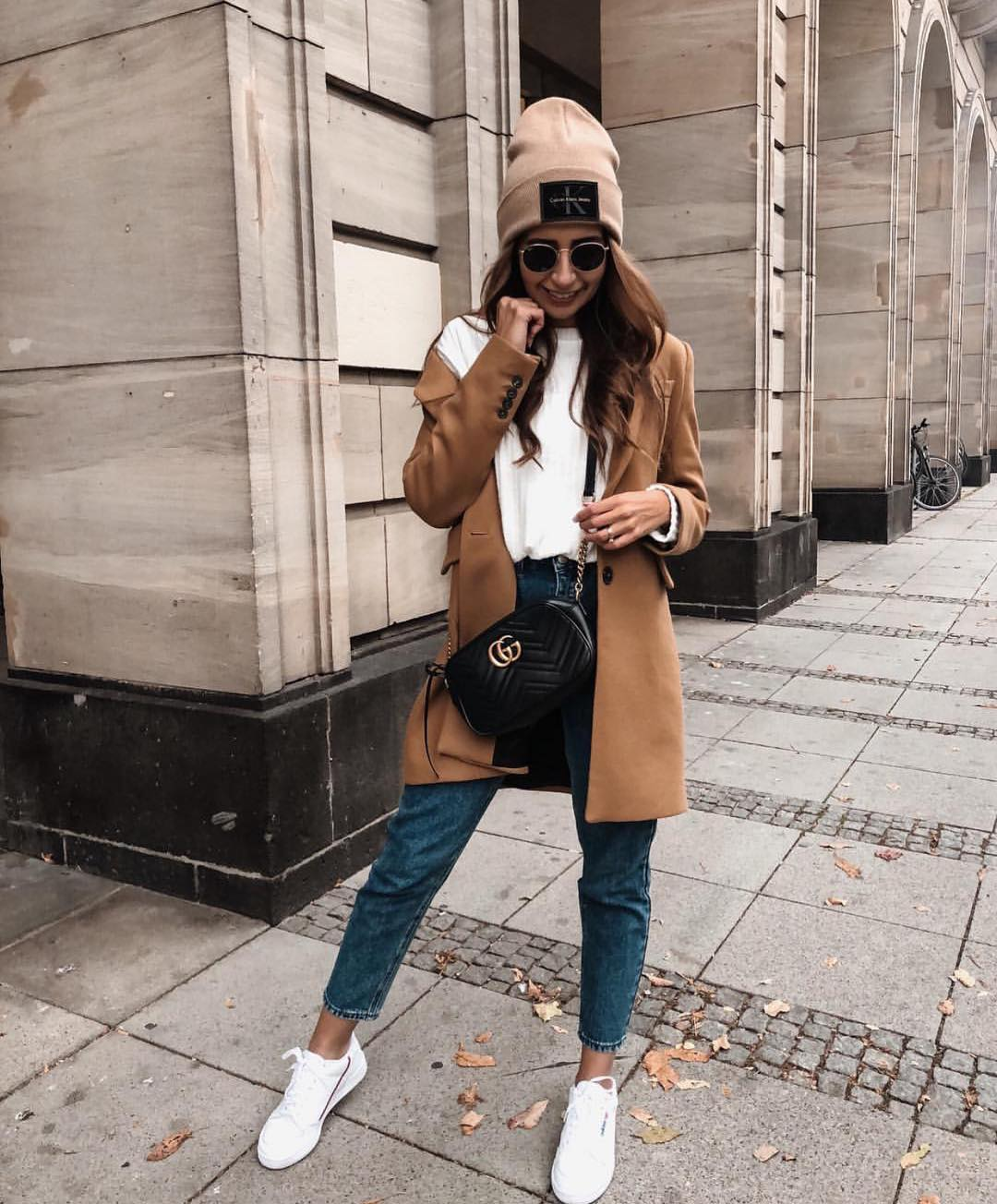 How To Wear Camel Coat In Sporty Casual Way This Fall 2020