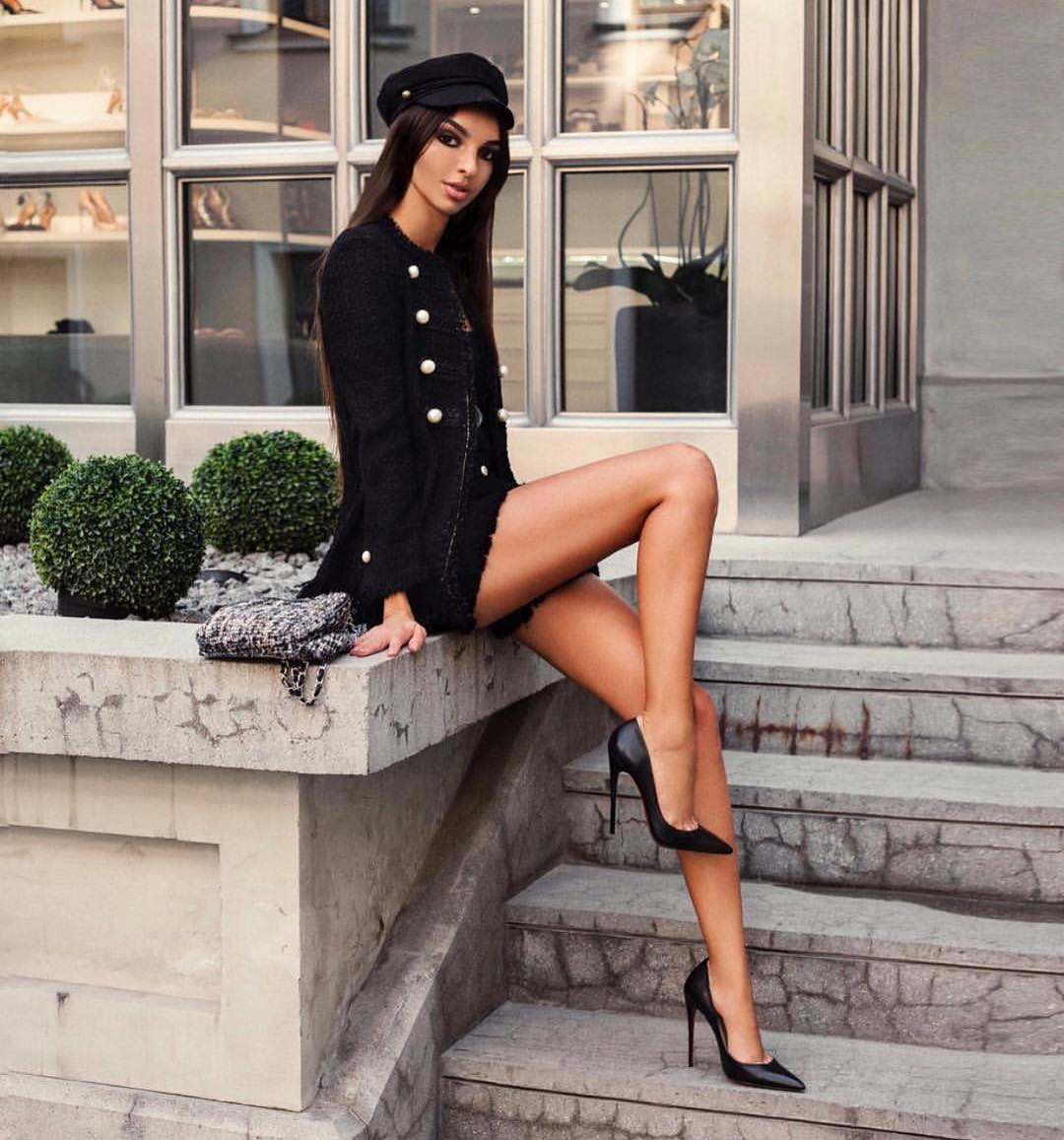 Tweed Blazer And Lace Dress: All Black OOTD For Fall 2019
