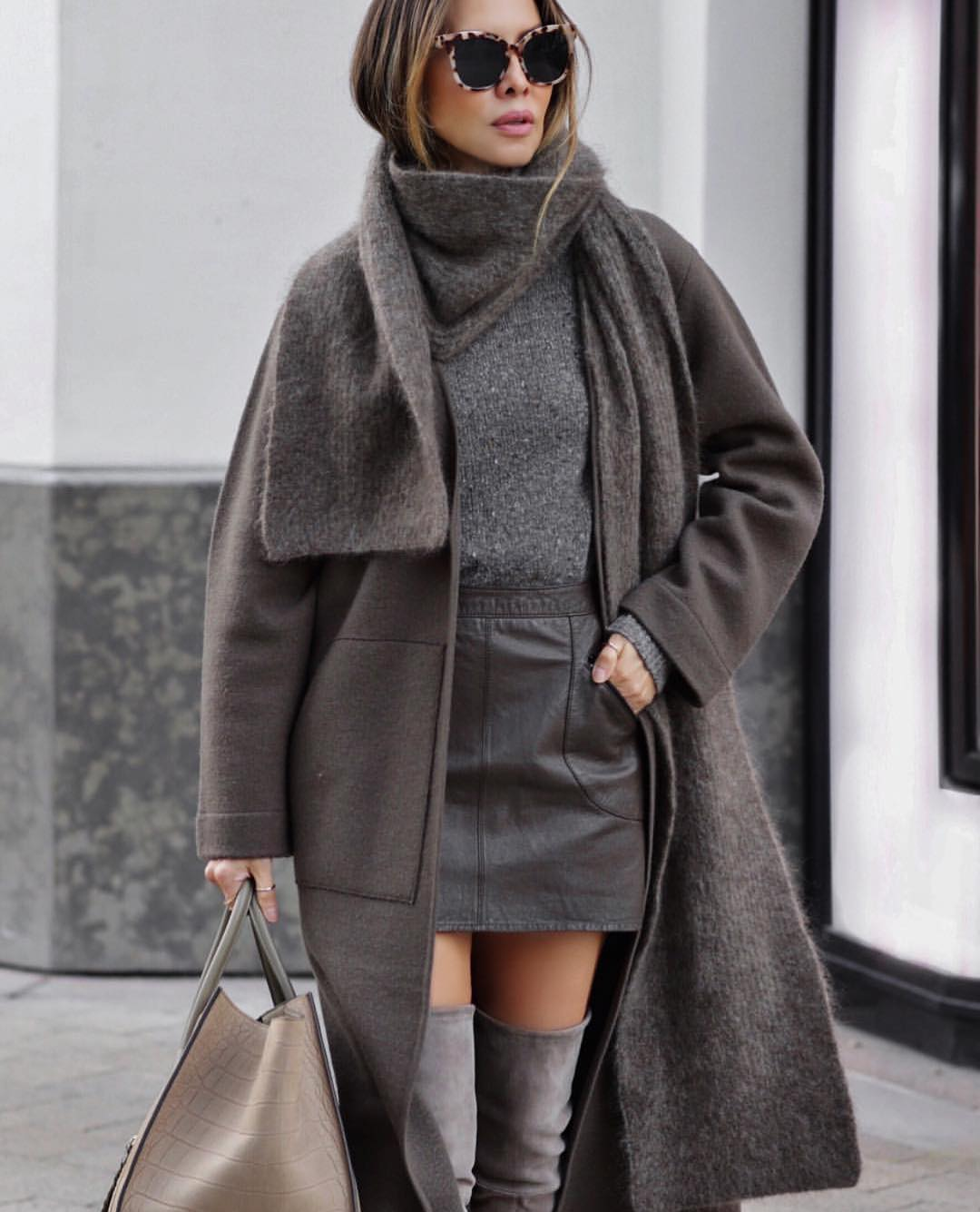 All Grey Layered Outfit Idea: Oversized Coat With Sweater And Leather Mini Skirt 2020