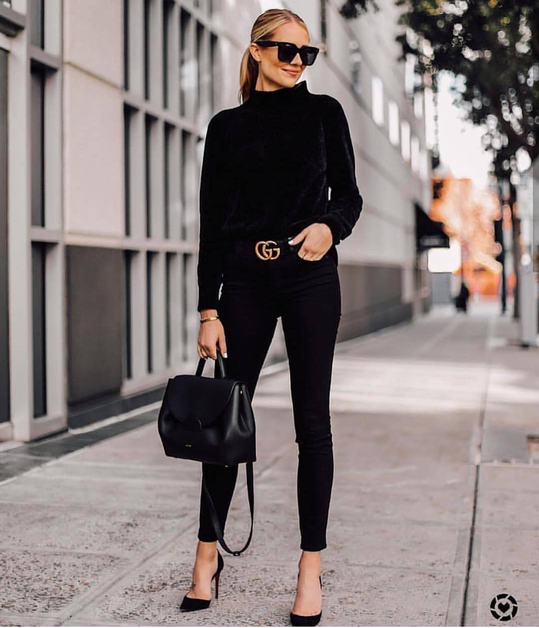 All Black Outfit For Fall: Velour Sweater, Skinny Jeans And Black Heels 2019